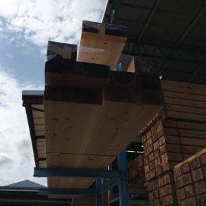しずおか優良木材の軸組、耐震等級3+制振ダンパー