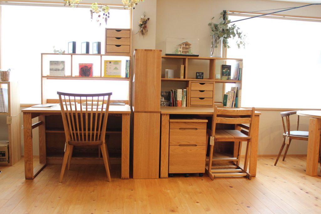 富士市木の家にあう無垢材の家具