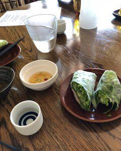生春巻きと日本酒