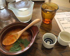 トムヤムクンと日本酒