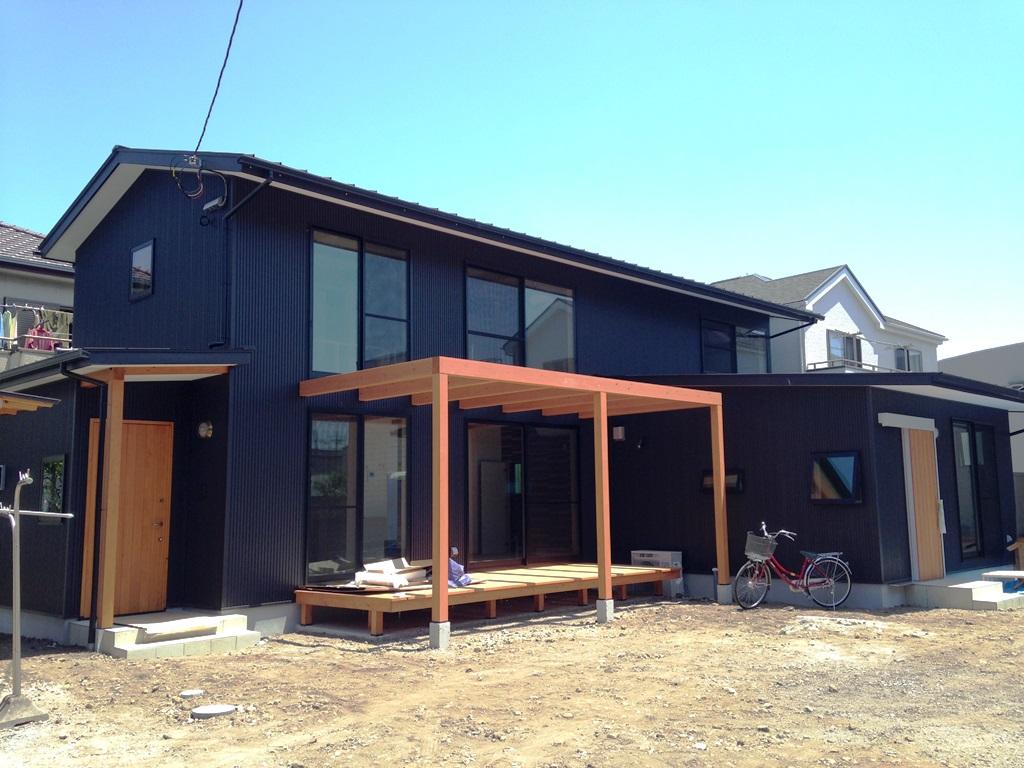 沼津でセンスが光る2世帯住宅が完成しました。