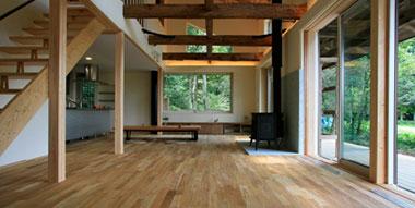 富士宮市・朝霧高原の薪ストーブのある注文住宅の木の家