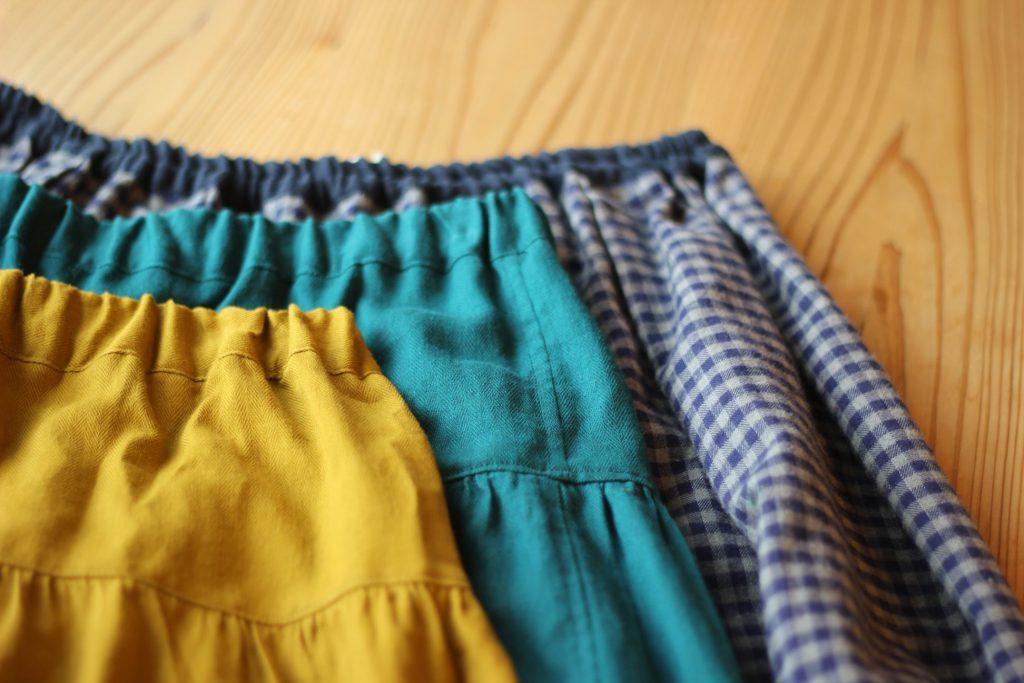 sweet blue さんのスカート入荷しています