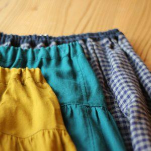 子ども用スカート入荷しました