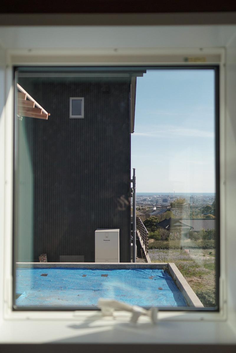 窓の外には駿河湾