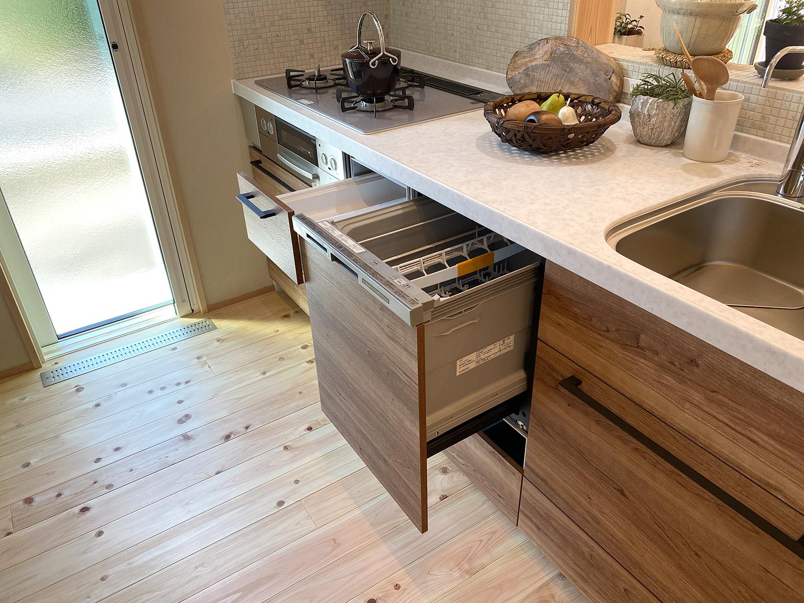食器乾燥機付きキッチン