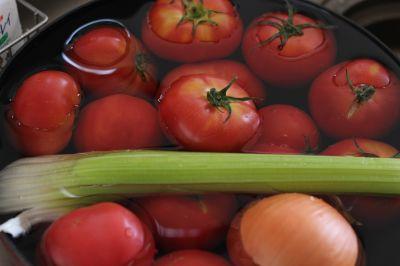トマトの塩麹、夏の野菜を使った薬膳