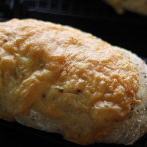 ゴマチーズパン