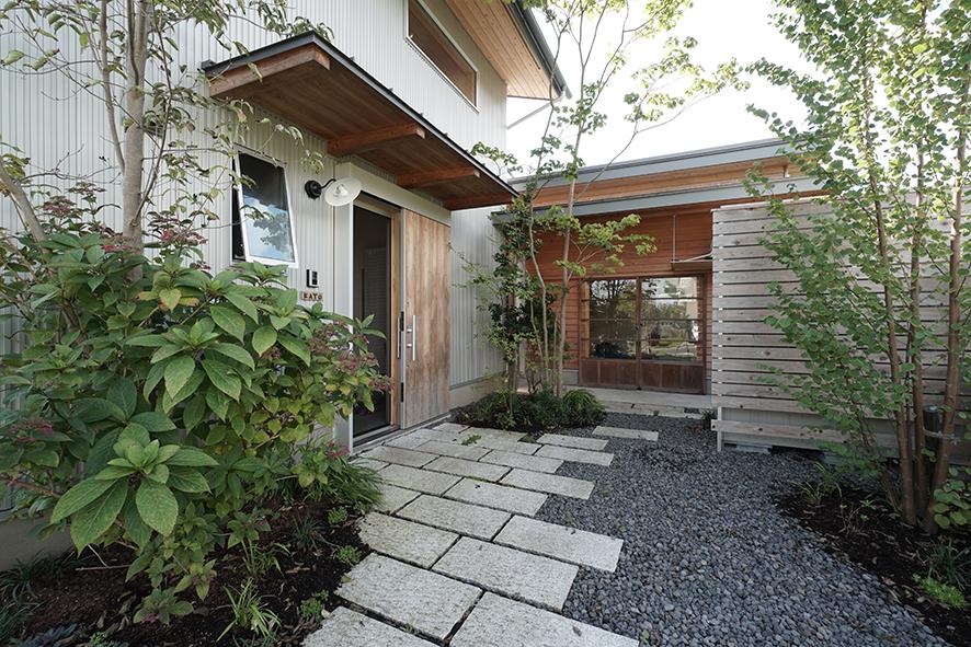 富士市家造り仕事小屋のある家