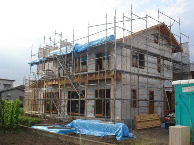 200年住宅、森林認証(SGEC)の家。工事が進んでいます。